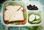 Veggies, fruit and a sandwich is always a winning combo for lunch. Thanks to Sheena of Sophistishe for this beauty! http://bit.ly/dB6KNB
