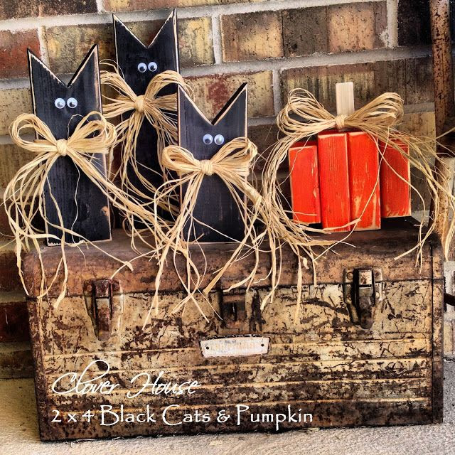 Clover House: 2 x 4 Black Cats & Pumpkin