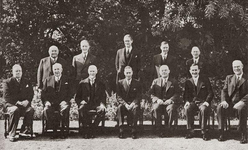Lêer:Smuts kabinet 1947.jpg