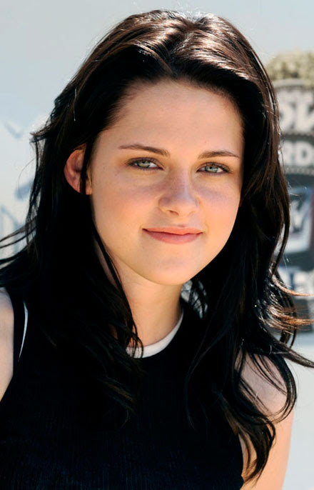 Forbes names Kristen Stewart one of top 10 highest earning actresses of 2010