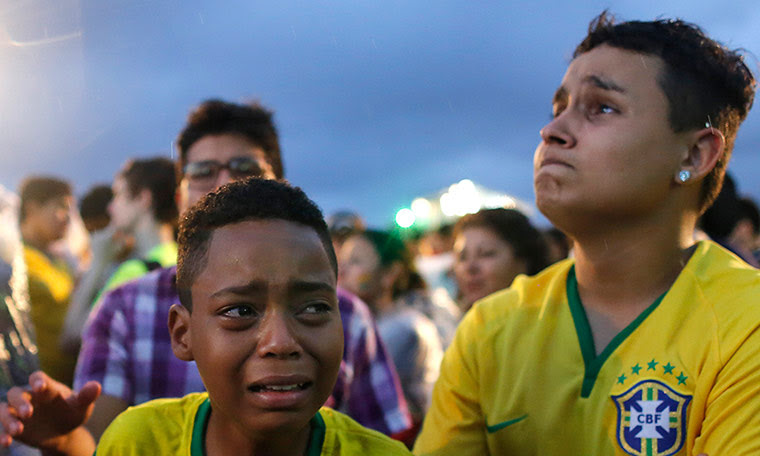 brazil mourns: Brazil fans