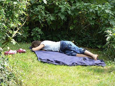 manon fait la sieste.jpg