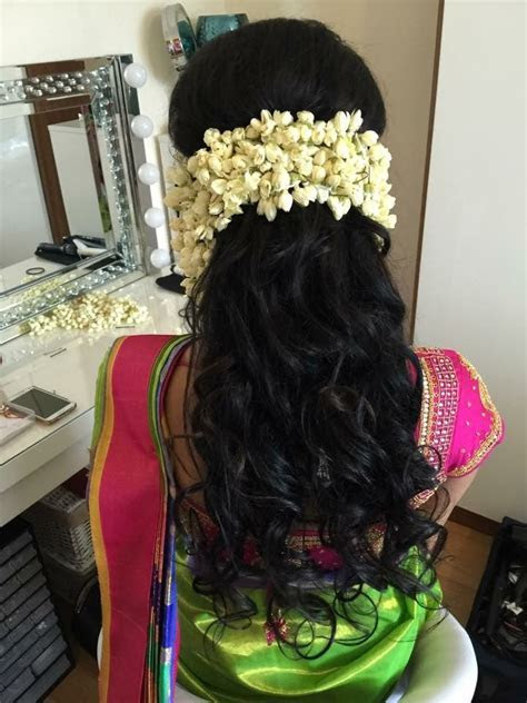 can wear my hair extension under flowers..   hair styles