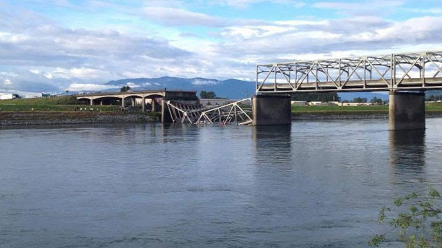PHOTO: A portion of the Interstate 5 freeway over the Skagit River in Skagit County, Wash., collapsed May 23, 2013, sending cars and people into the water, authorities said.