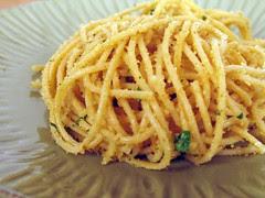 garlicky bread crumbs spaghetti