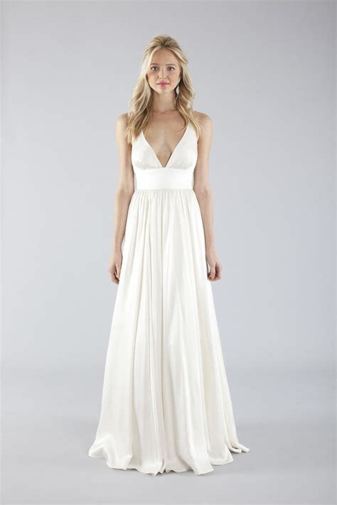 20 Elegant Simple Wedding Dresses of 2015   BridalTweet