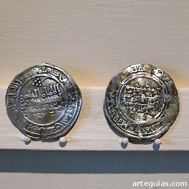 Monedas califales del gobierno de Abd al-Rahmán III. Museo de Cuenca