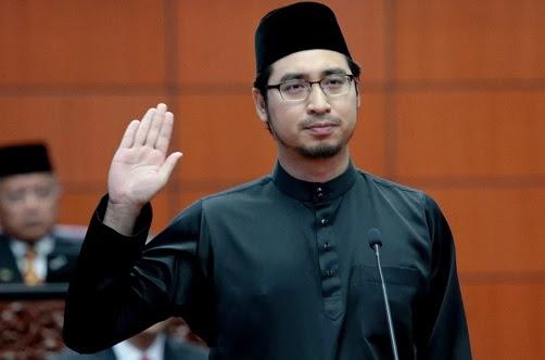 Wan Fayhsal Patut Digugurkan Dari Kabinet