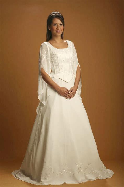 Medieval White Celtic Wedding Dresses Long Sleeves Design
