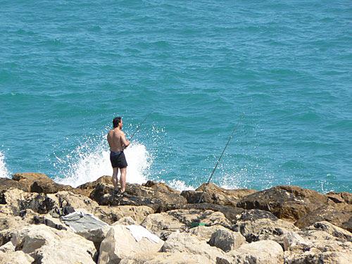 pêche à Antibes.jpg