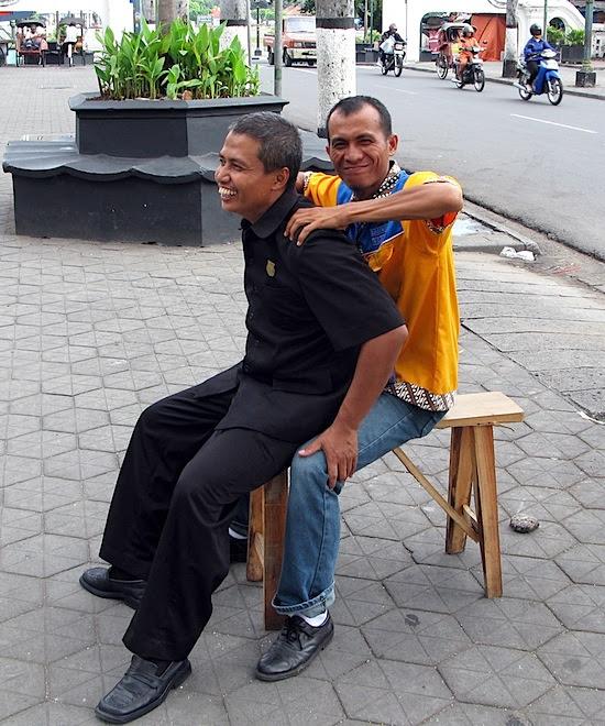 Guys massaging