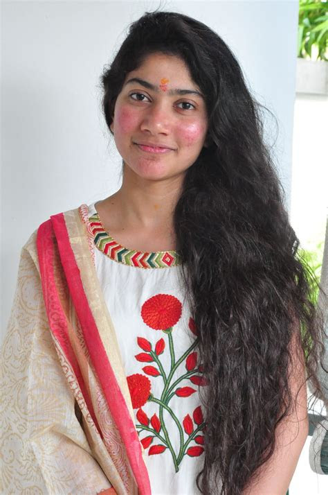 premam actress sai pallavi latest interview gallery