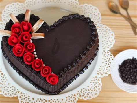 Heart Shaped Choco Truffle Cake   Dark Magic Cake: Bakingo