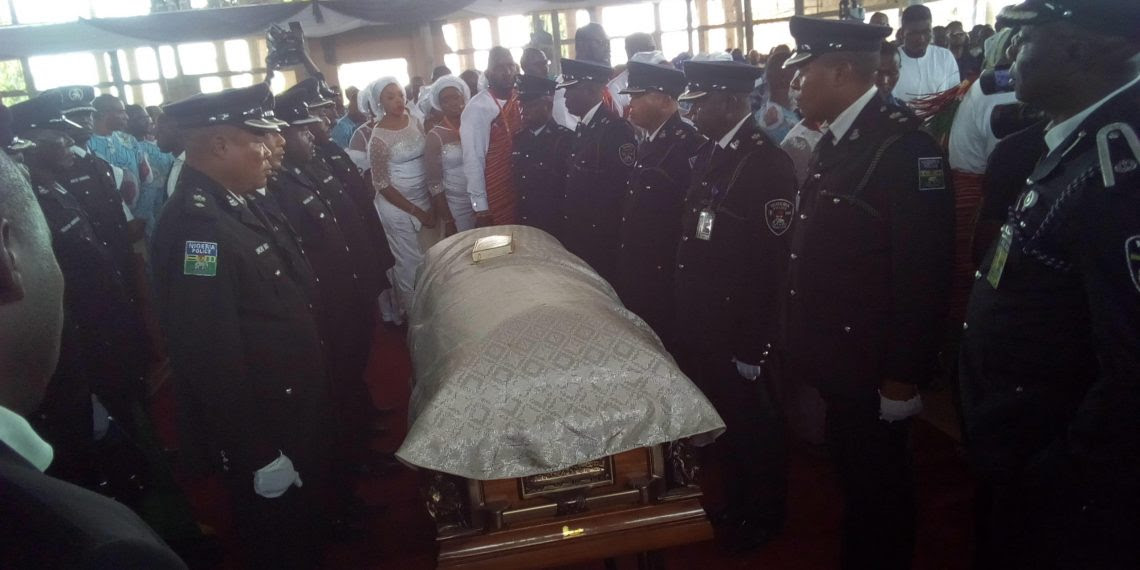 Politicians invade Uromi as Anenih is laid to rest