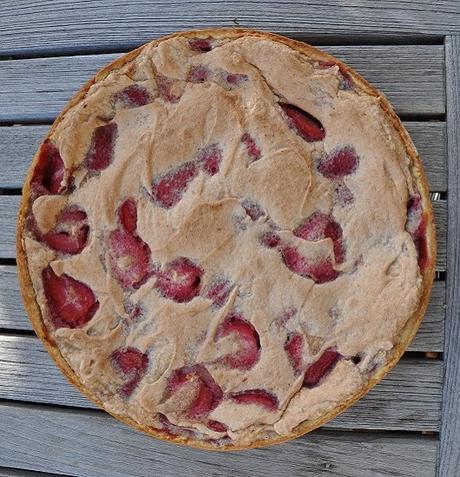 Erdbeeren kann man auch backen: Erdbeertarte mit Crême patissière