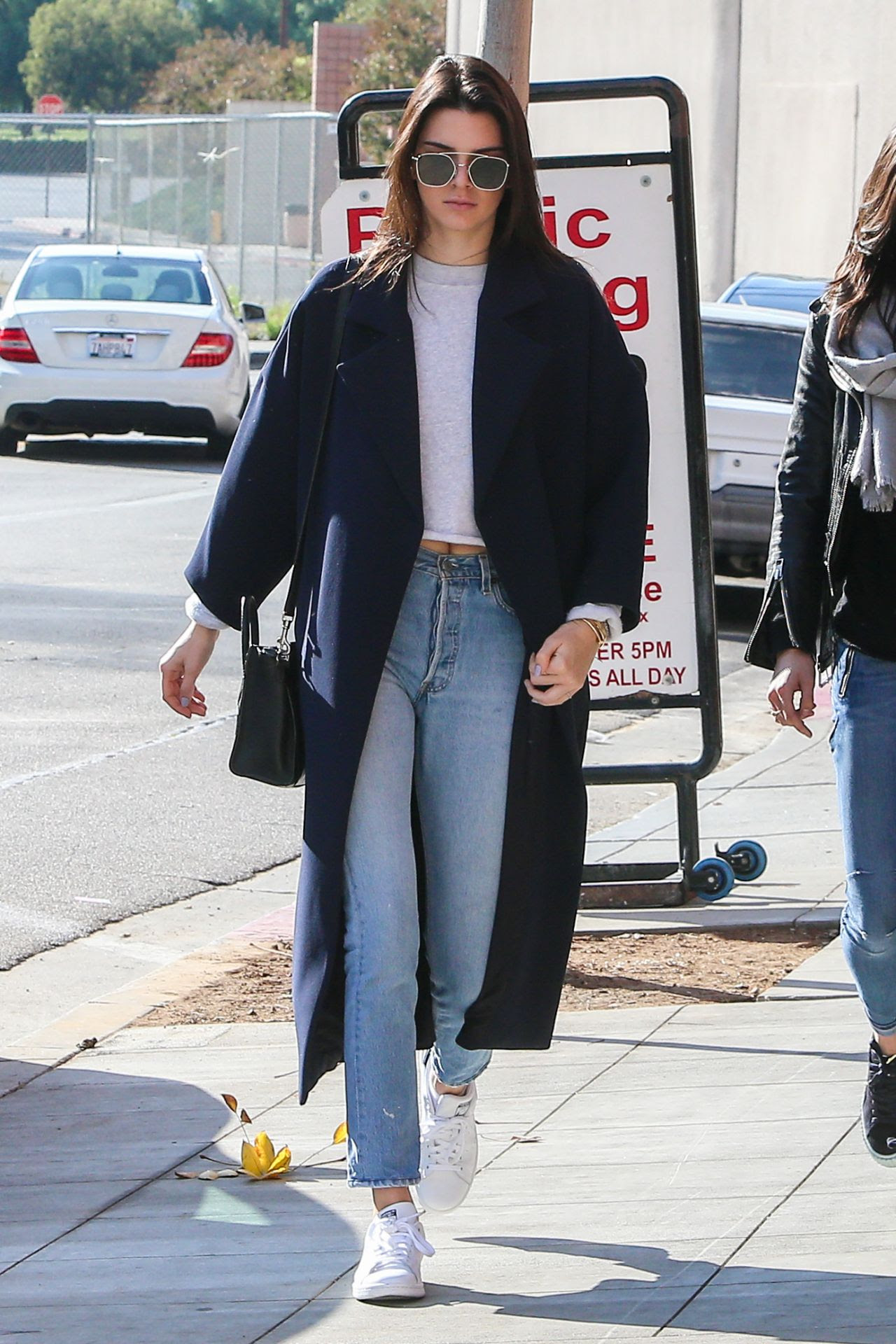 kendall jenner street style  out in la 12192015