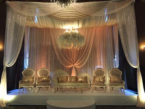 wedding stage decor wedding flowers  decorations