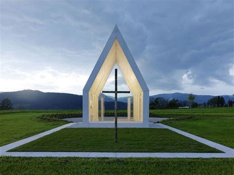 25 Charming Chapel Designs