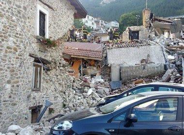 Premiê diz que número de mortos por terremoto na Itália chega a 120