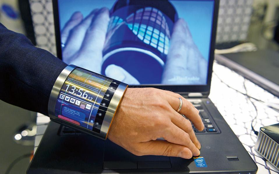Ρολόι... πολυεργαλείο από την εταιρεία FlexEnable. Ενας υπολογιστής στον καρπό μας.