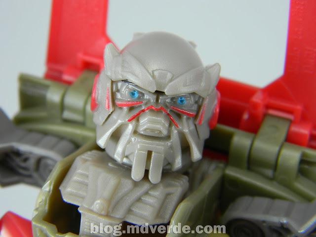 Transformers Leadfoot DotM Human Alliance - modo robot