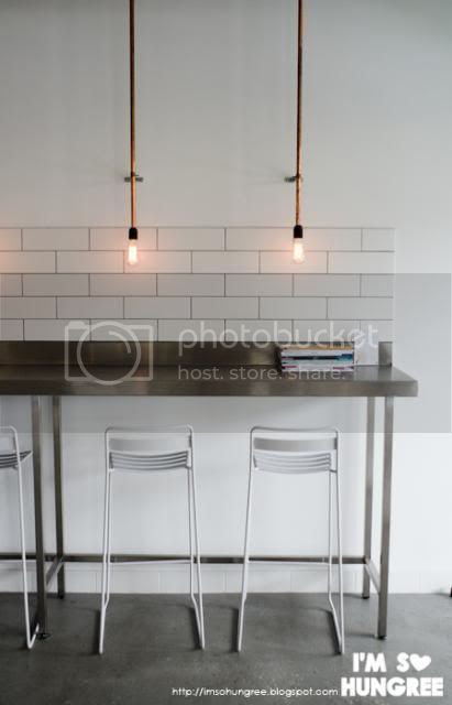 photo lights-in-the-attic-camberwell-5812_zpsba74d1fe.jpg