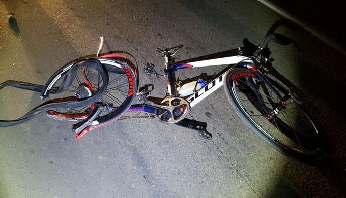Ciclista morreu após ser atropelado por veículo na BR-491, em São Sebastião do Paraíso (Foto: Reprodução Facebook)