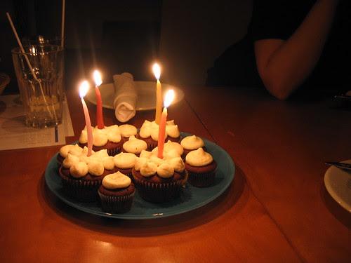 mmmm... cupcakes