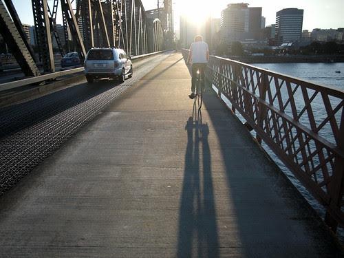 Crossing Hawthorne Bridge