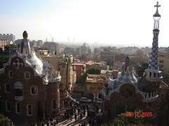 Pemandangan Barcelona dari atas Parc Güell, Barcelona, Spain