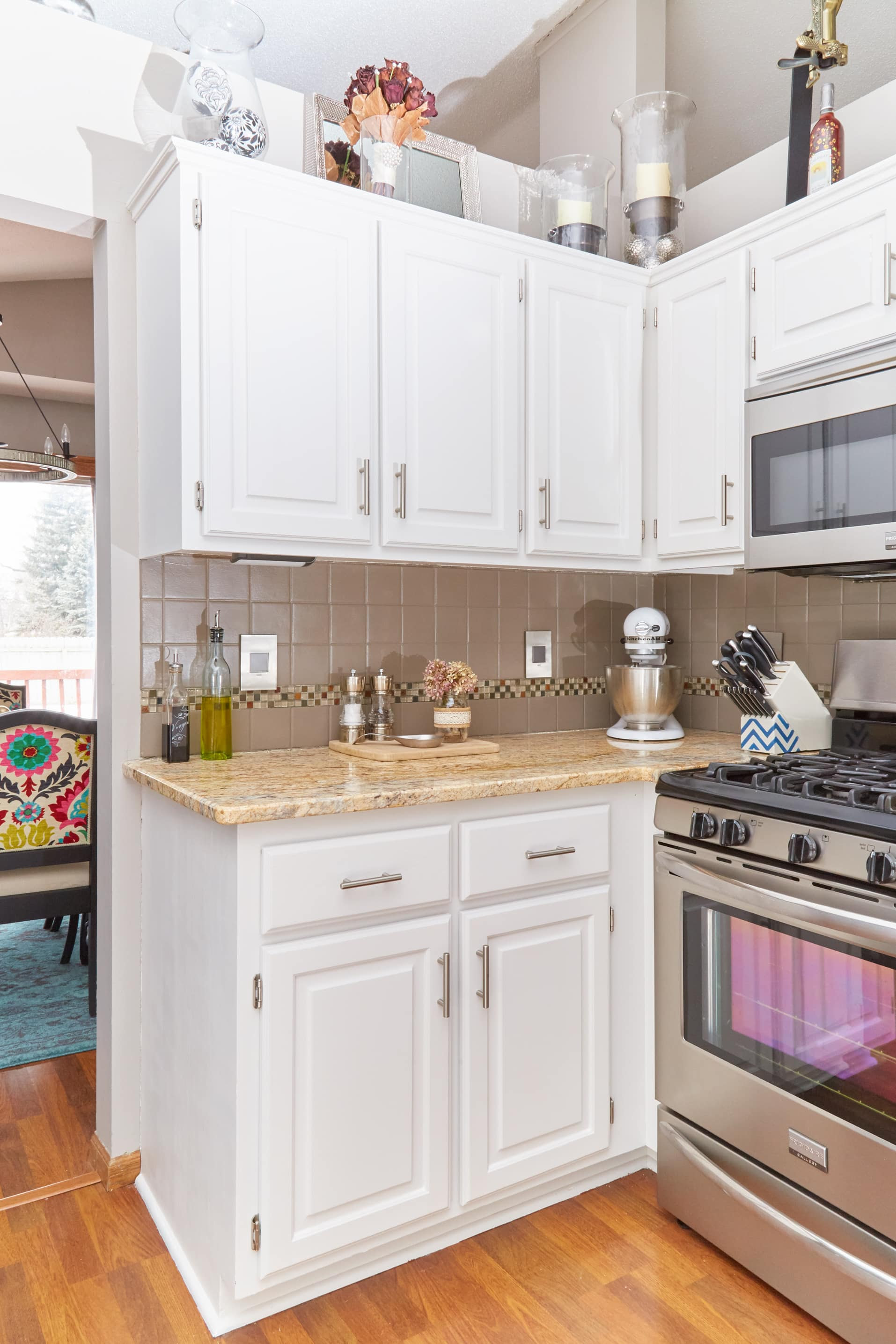 The Best Way to Paint Your Kitchen Cabinets ...