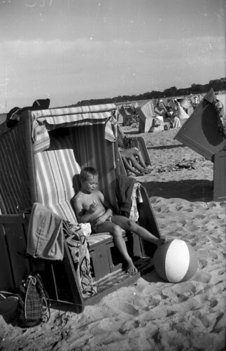 Beach Set Kid in seat