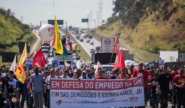 Sempre nello stato federale di San Paolo, presso São José dos Campos, l'assemblea degli operai della GENERAL MOTORS (gruppo multinazionale acquisito dalla FCA-FIAT guidata dall'amministratore delegato Sergio Marchionne) ha […]