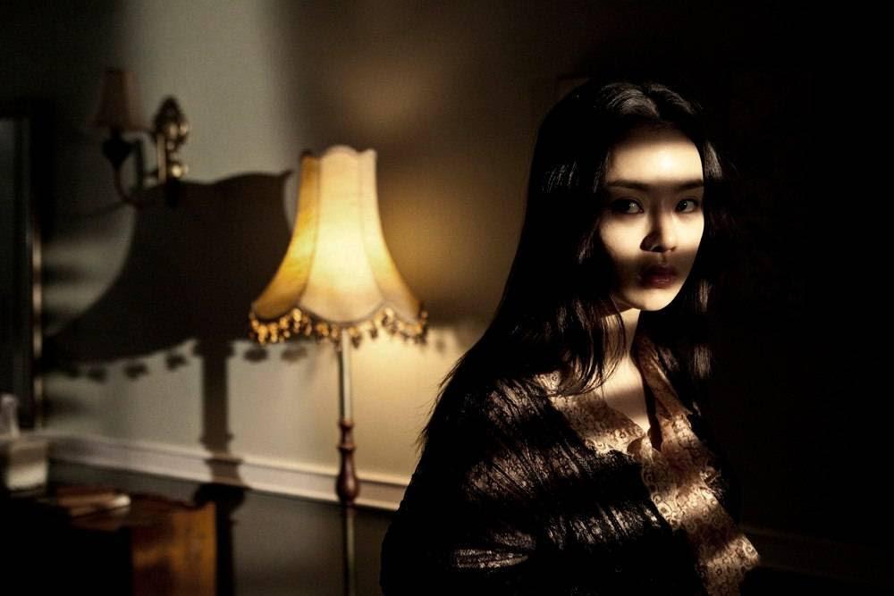 Risultati immagini per the housemaid  2010