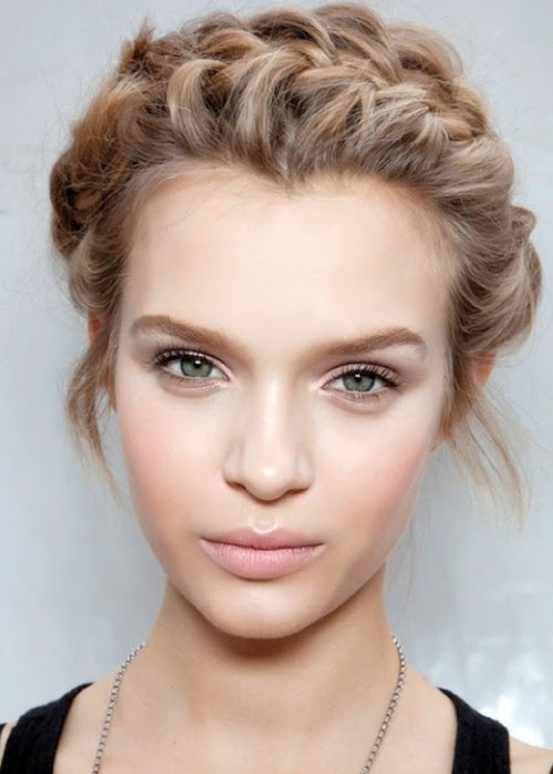 Click Here for natural makeup