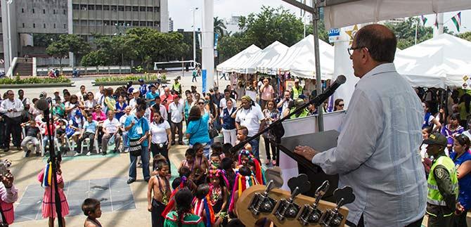Debemos unir esfuerzos para que procesos de paz culminen con éxito: Alcalde Guerrero