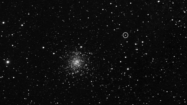 Rossetta fotografía el cometa donde aterrizará a finales de año