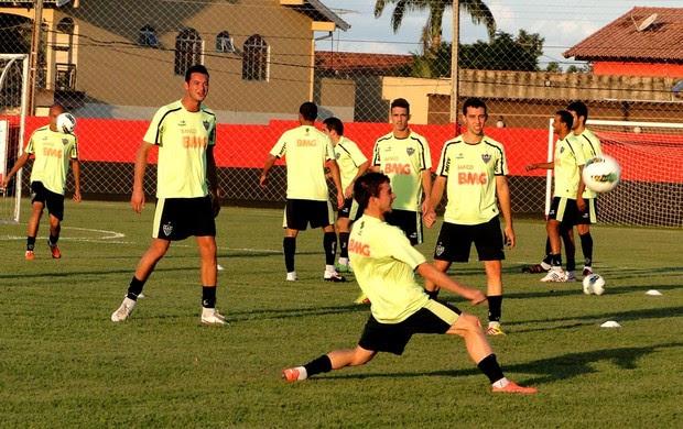 Treino do Atlético-MG em Goiânia (Foto: Fernando Martins / globoesporte.com)