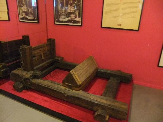 Museum of Medieval Torture Instruments: Exhibits
