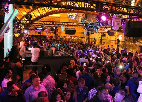 Chateau Nightclub   Paris Las Vegas Nightclub