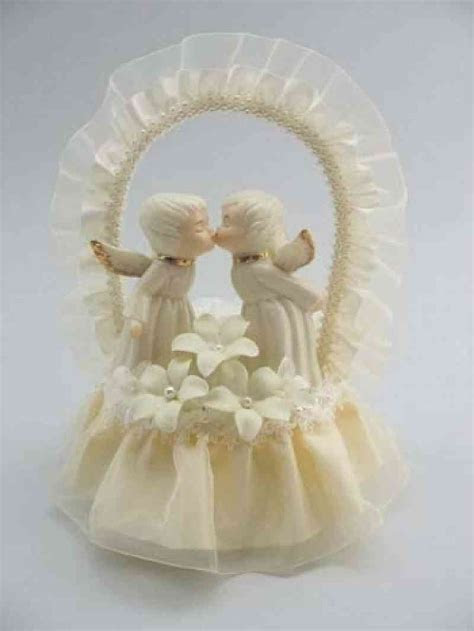 Cherub Angel Stephanotis Cake Topper   Wedding Collectibles