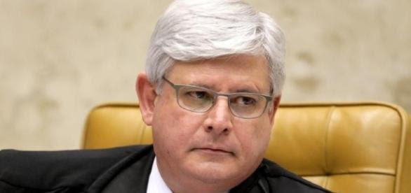 o ministro Rodrigo Janot na mira da defesa do presidente com a acusação de querer prejudica-lo (crédito:Google)