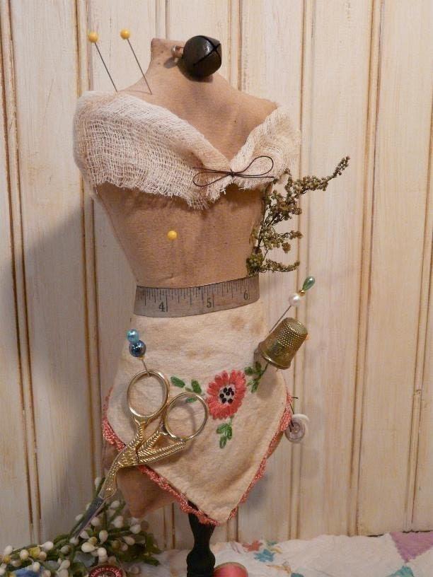 Mannequin Dress Form E Pattern - Pincushion pin keep email primitive pdf pinkeep cushion