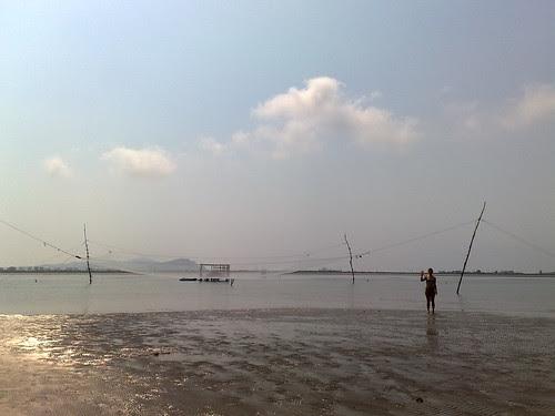 Pescare sulla spiaggia by durishti