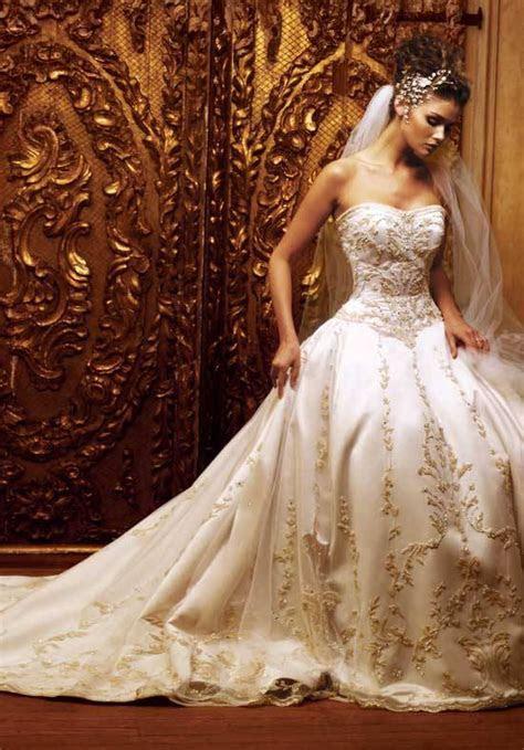 wedding dress ? We Do Dream Weddings!