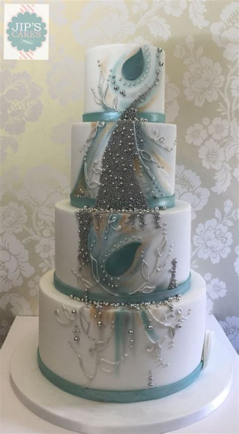 Whimsical winter wedding cake   Cake by Jip's Cakes