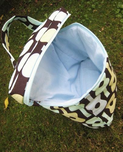 lunch bag v2 inside