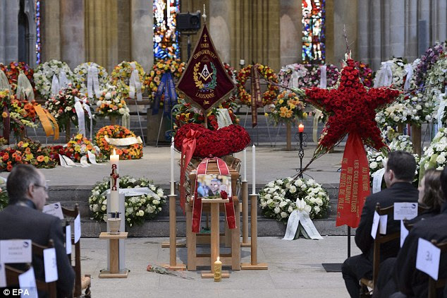 Tributes and floral wreaths filled the cathedral. Switzerland's best-known chefs, including Frédy Girardet, whose family started the Hôtel de Ville, and Anton Mosimann, were in attendance at the cathedral