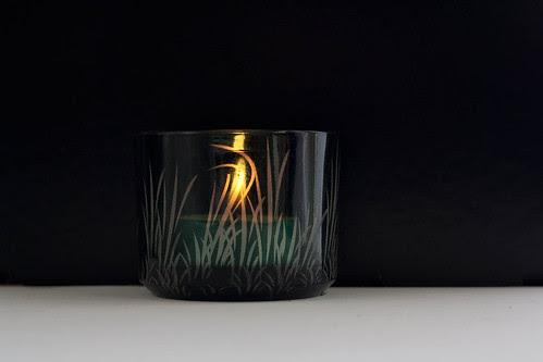 Grassy tea-light