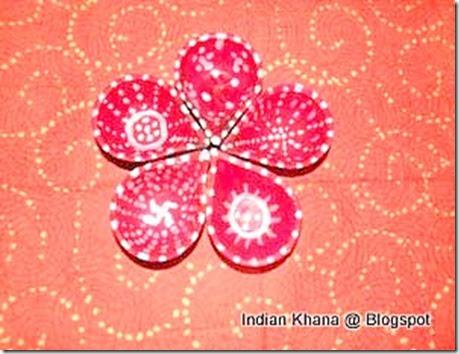 How to Decorate Diyas